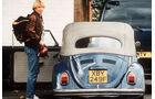 Jürgen Klinsmann mit VW Käfer Cabrio