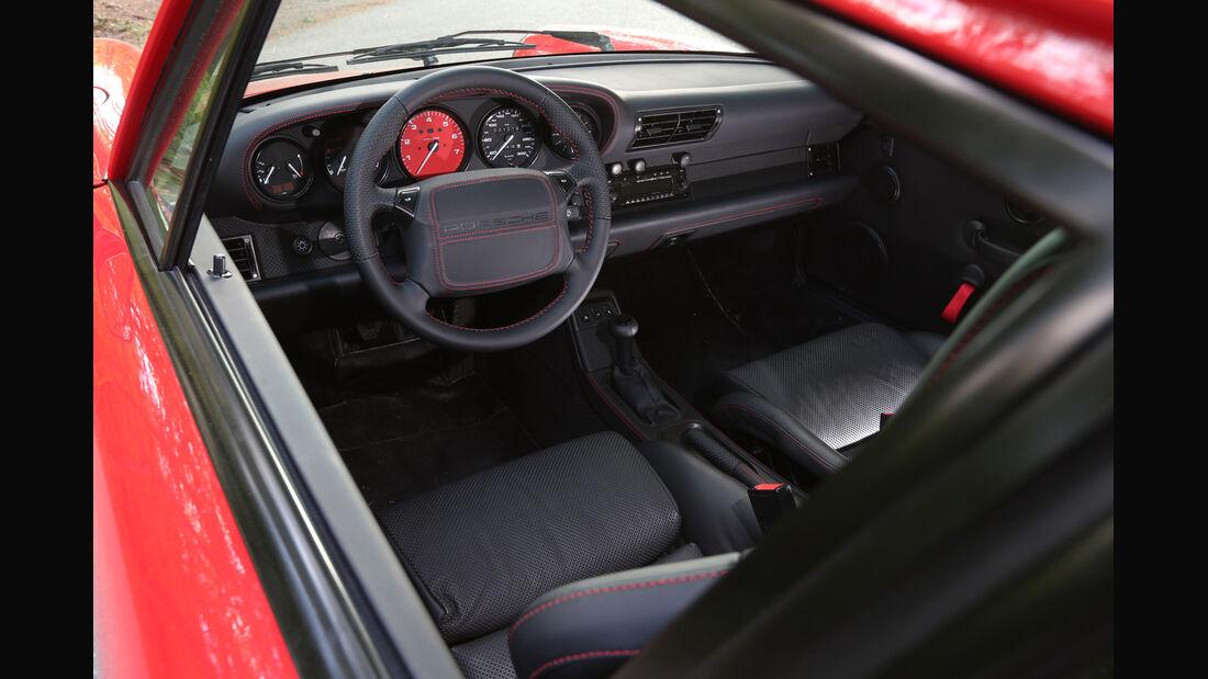 K & F-Porsche 911, Cockpit