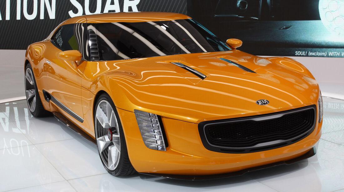 KIA GT4 Stinger Concept - Detroit Auto Show 2014