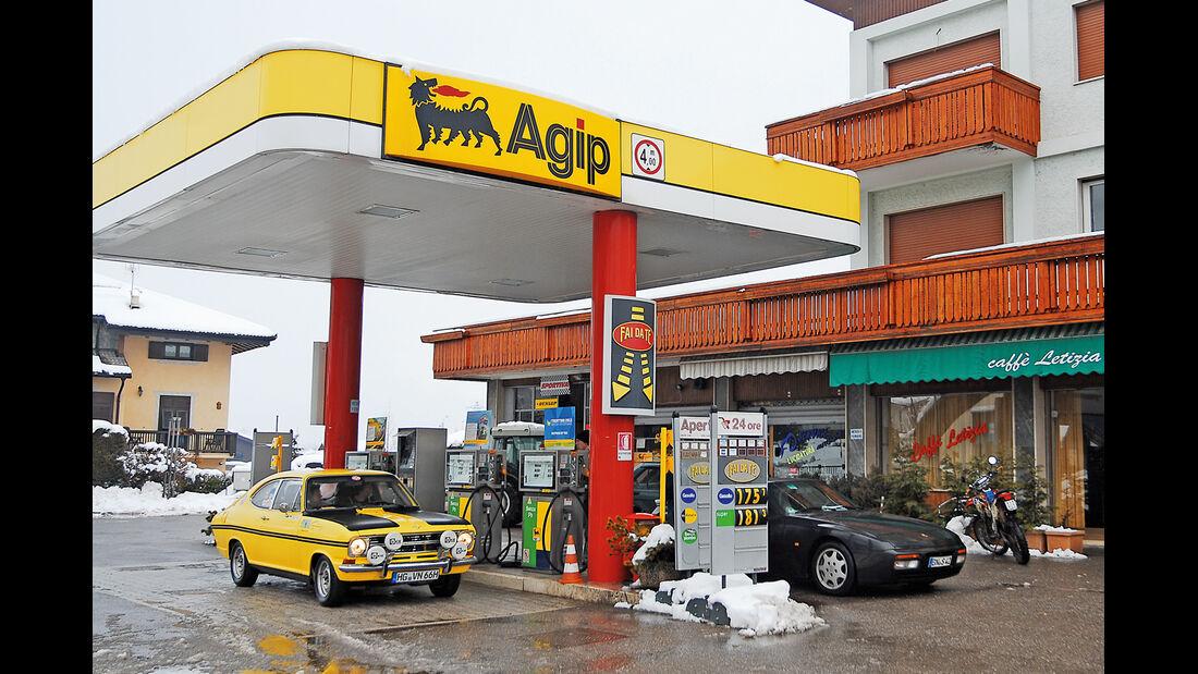 KISS-Ausfahrt, Opel Kadett B 1900, Tankstelle