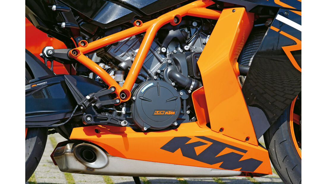 KTM 1190 RC8 R, Motor