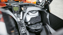 KTM X-Bow GT, Fußraum