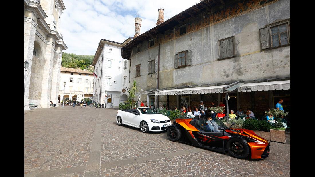 KTM X-Bow GT, VW Golf R Cabriolet, Seitenansicht