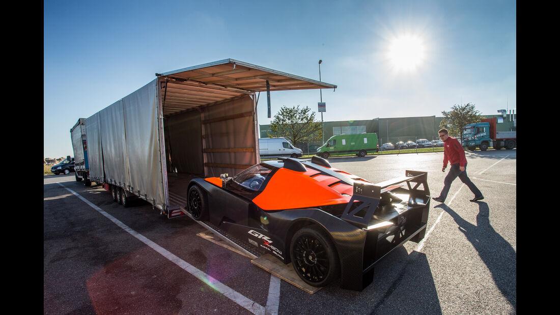 KTM X-Bow GT4, Autotransporter