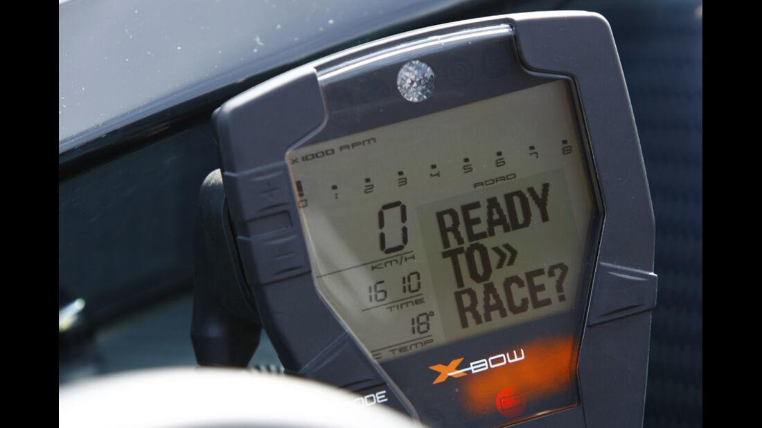 KTM X-Bow R Prototyp, Instrumentenanzeige