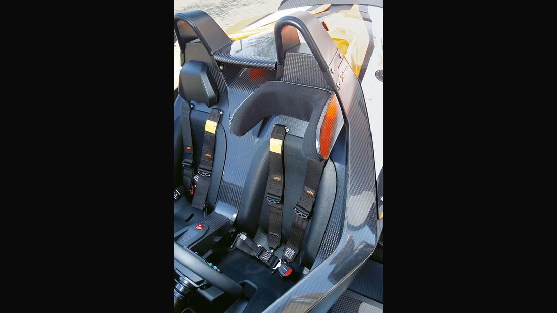 KTM X-Bow R, Sitze
