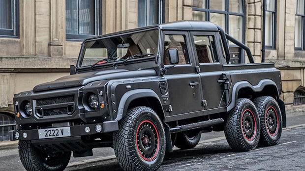 Kahn Automobiles Flying Huntsman 6x6 Land Rover Defender XS Double Cab Pickup 2.2 TDCI