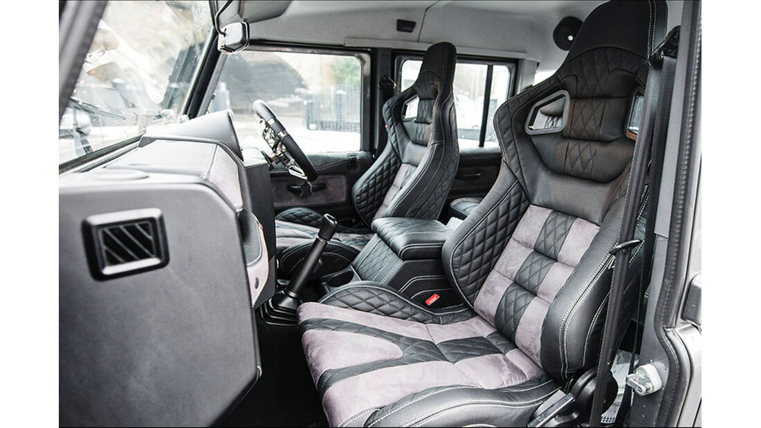 Kahn Design Land Rover Defender