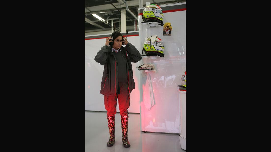 Kaltenborn in Gummistiefeln F1 Fun Pics 2012
