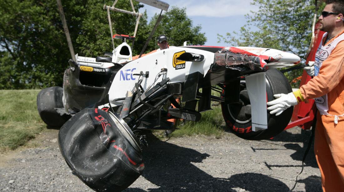 Kamui Kobayashi GP Kanada Crashs 2011