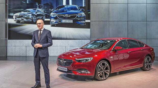 Karl-Thomas Neumann auf der Pressekonferenz von Opel