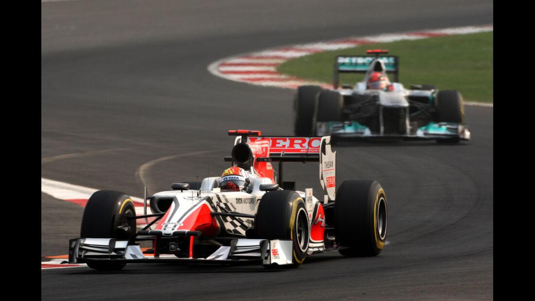 Karthikeyan und Schumacher - GP Indien - Delhi - 29.10.2011