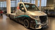 Kegger Mercedes Sprinter Abschlepper Petronas Edition