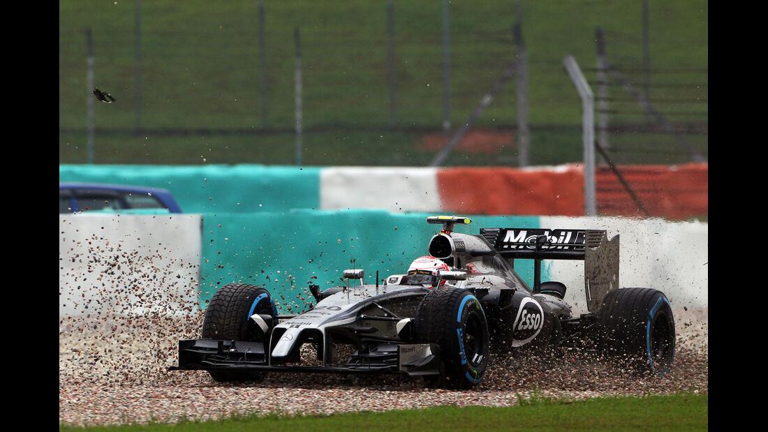 Kevin Magnussen - GP Malaysia - Crashs 2014
