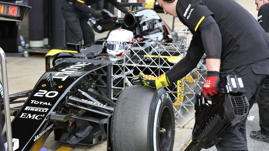 Kevin Magnussen - Renault F1 - Formel 1-Test - Barcelona - 24. Februar 2016