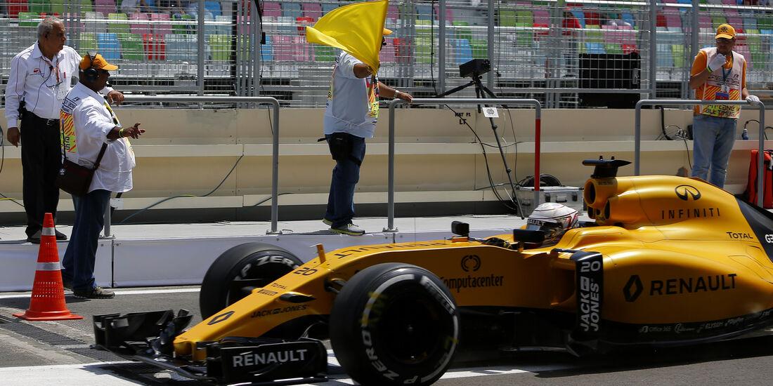 Kevin Magnussen - Renault - Formel 1 - GP Aserbaidschan - Baku - 18. Juni 2016. Juni 2016