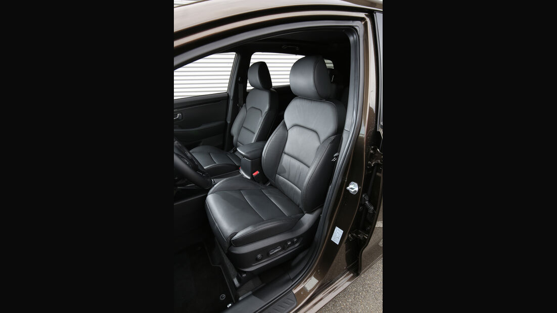 Kia Carens 1.7 CRDi, Fahrersitz