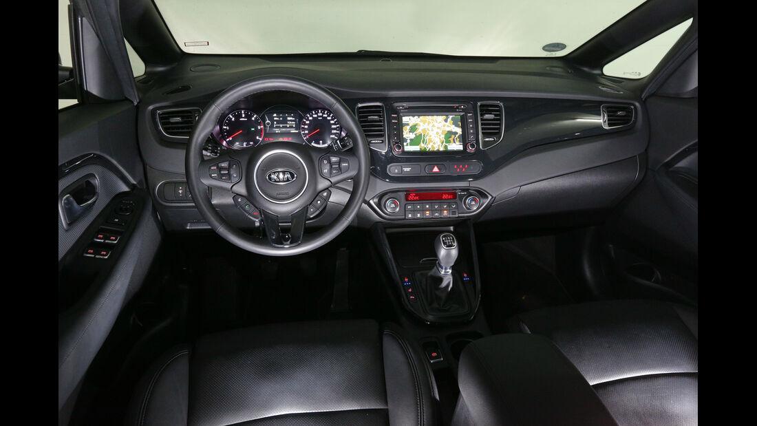 Kia Carens, Cockpit
