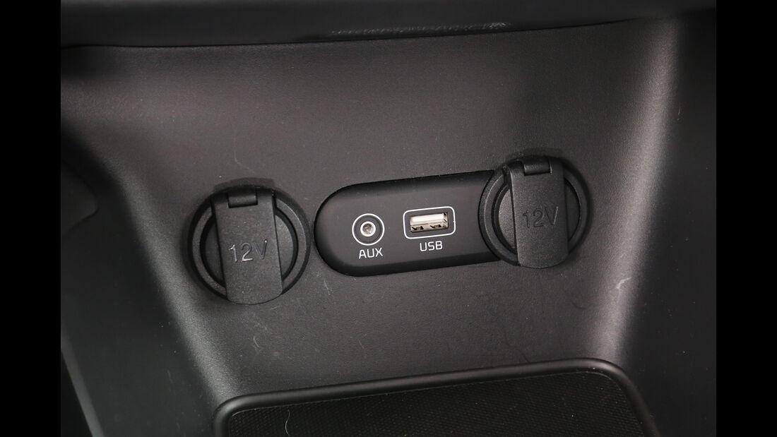 Kia Cee'd 1.0 T-GDI, Anschlüsse