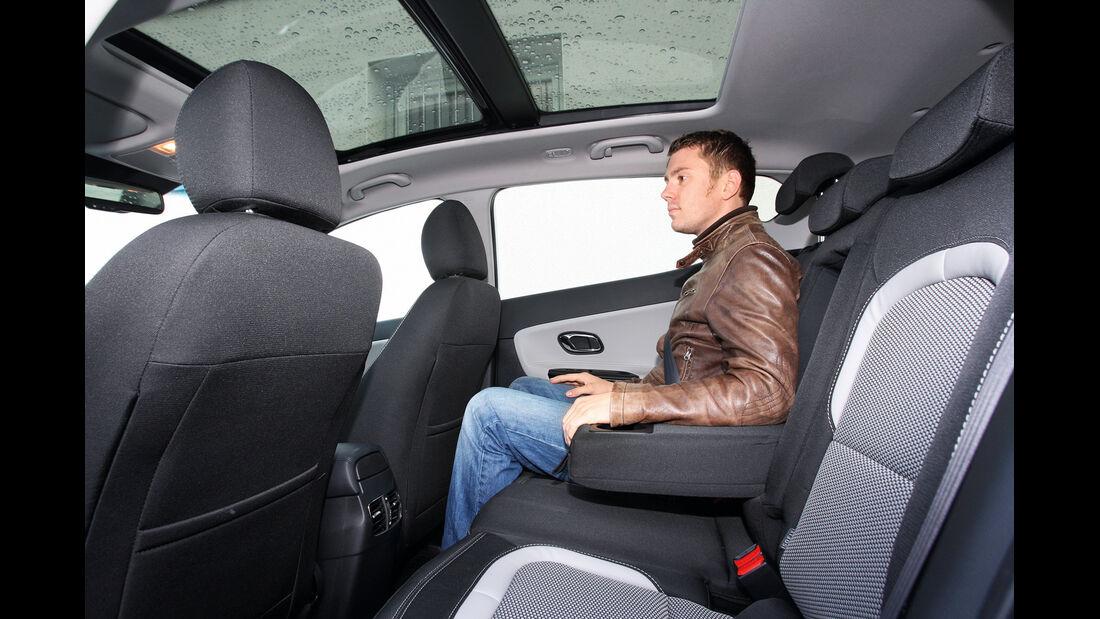 Kia Cee´d 1.6 GDI Spirit, Rücksitz, Beinfreiheit