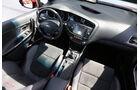 Kia Cee'd GT, Cockpit, Innenraum