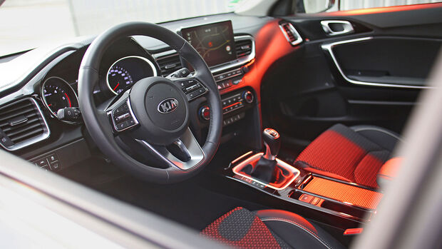 Kia Ceed Sportswagon 1.6 CRDi, Cockpit
