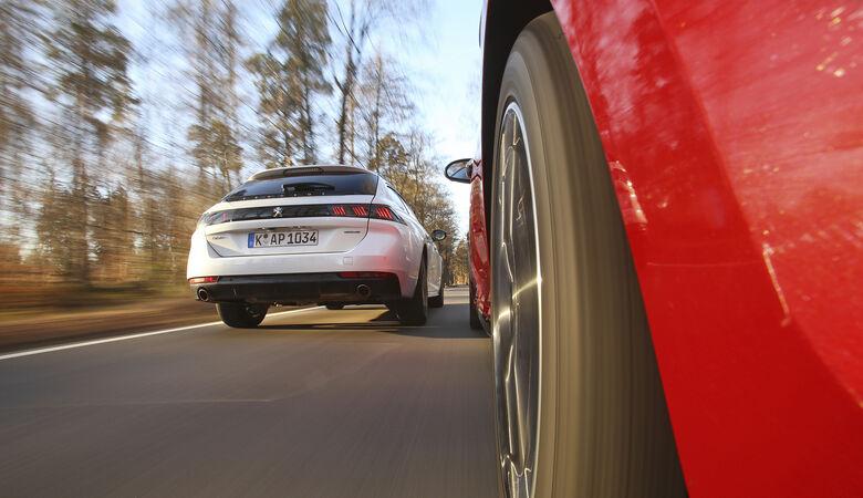 Kia Optima SW 1.6 T-GDI, Peugeot 508 SW PureTech 180, Exterieur
