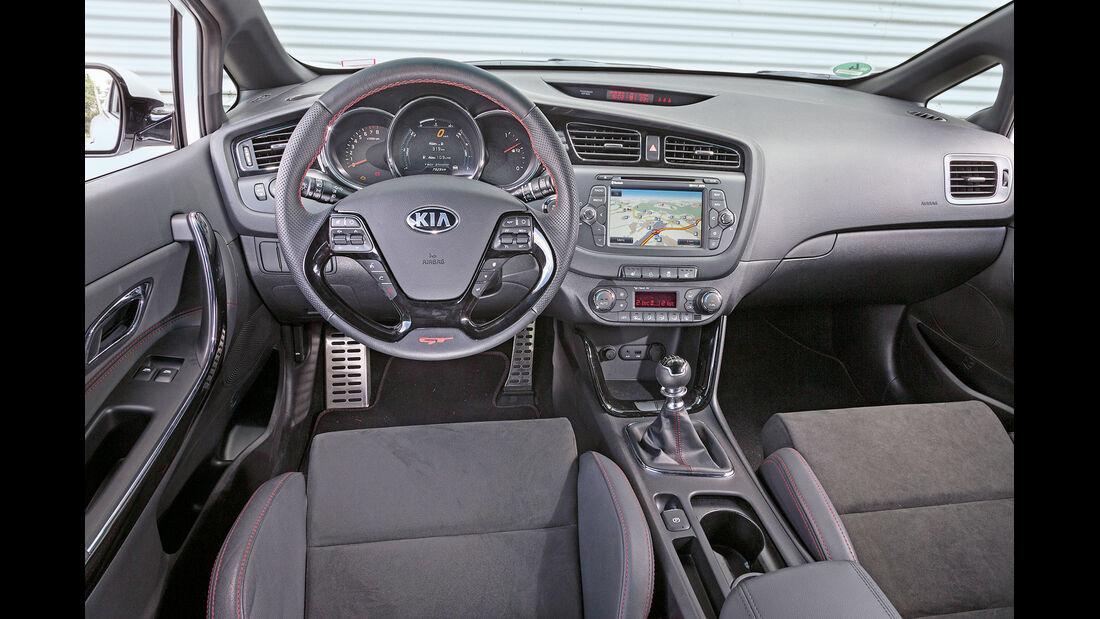 Kia Pro Cee'd GT Track, Cockpit