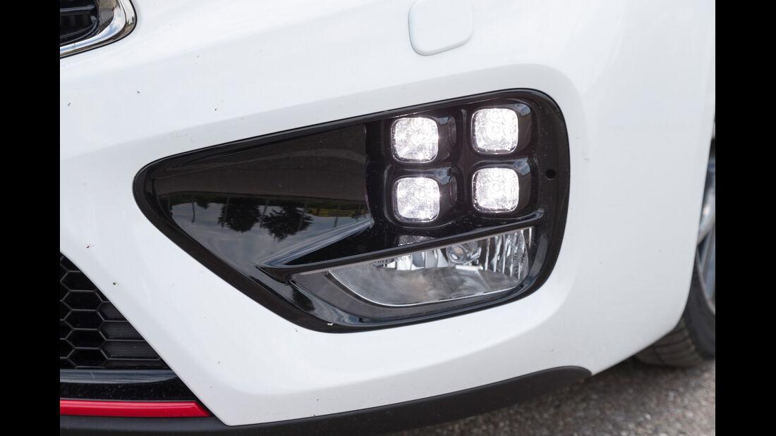 Kia Pro Cee'd GT Track, Frontscheinwerfer