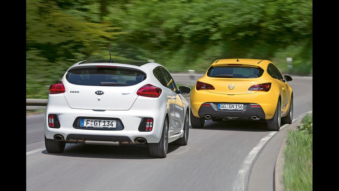 Kia Pro Cee'd GT Track, Opel Astra GTC 1.6 Turbo, Heckansicht