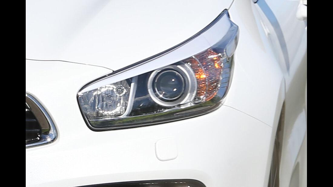 Kia Procee'd GT, Frontscheinwerfer