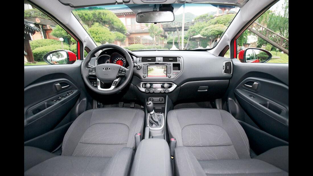 Kia Rio, Cockpit, Frontfenster
