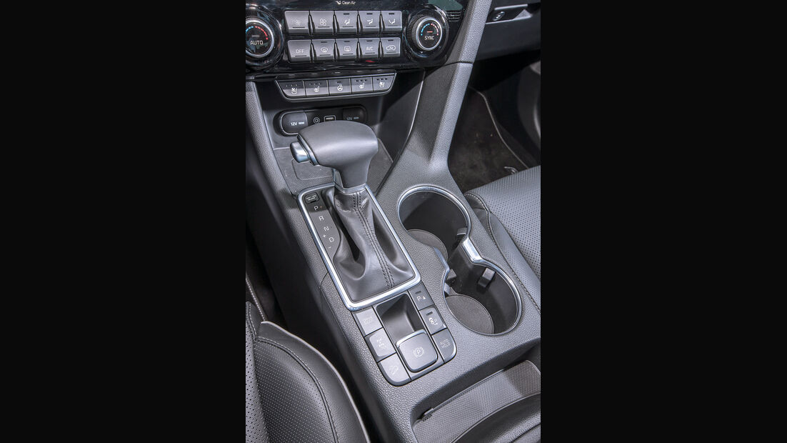 Kia Sportage 1.6 T-GDI 4WD GT Line, Schalthebel
