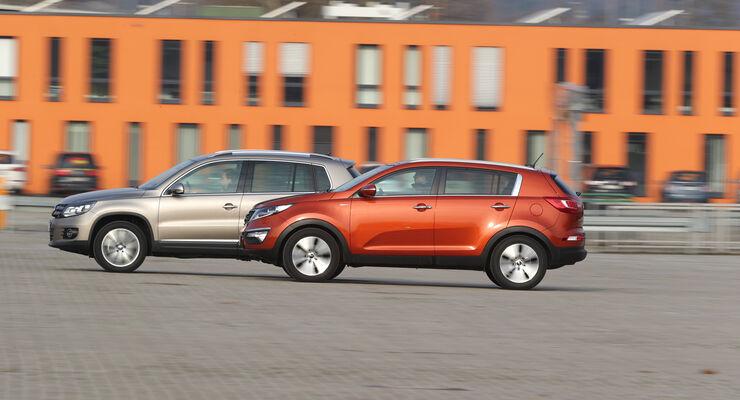 Kia Sportage 2.0 CRDI 4WD, VW Tiguan 2.0 TDI 4Motion, Seitenansicht