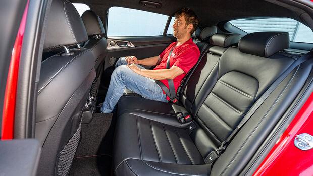 Kia Stinger 3.3 T-GDI V6 GT, Interieur