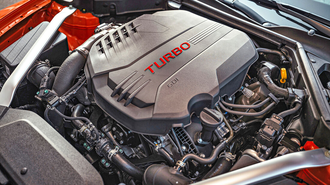 Kia Stinger GT, Motor