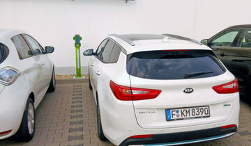 Kia goes electric, Kia Optima SW PHEV, Lesertestdrive