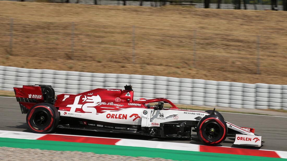 [Imagen: Kimi-Raeikkoenen-Alfa-Romeo-Formel-1-GP-...714816.jpg]