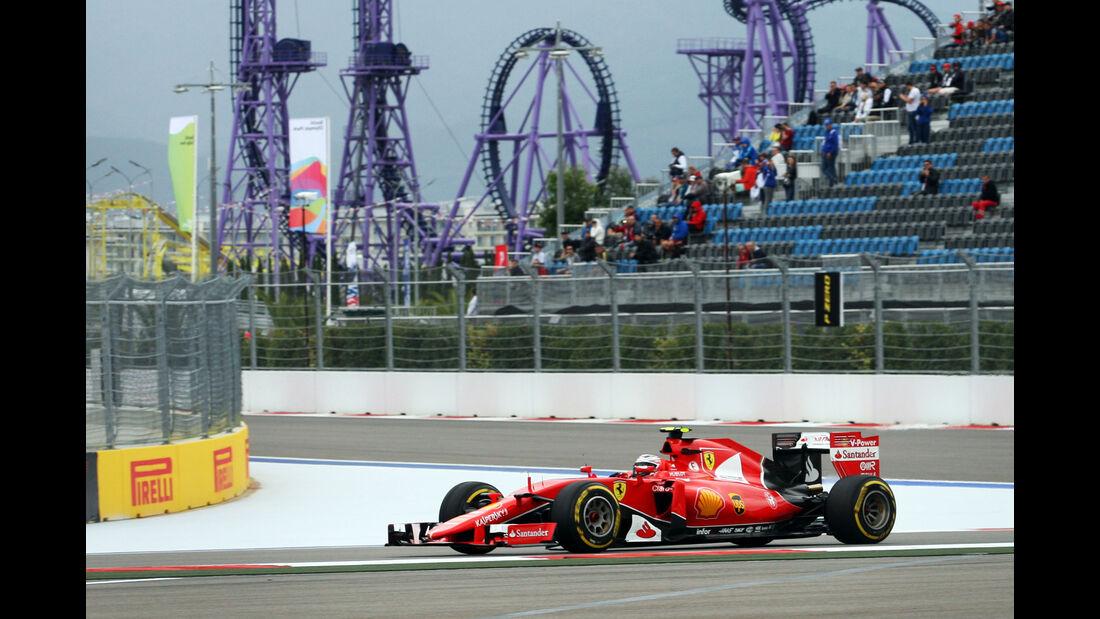 Kimi Räikkönen - Ferrari - Formel 1 - Sochi - GP Russland - 9. Oktober 2015