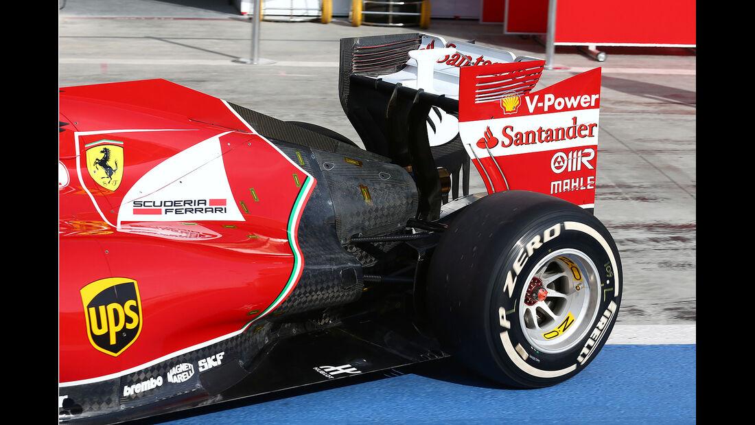 Kimi Räikkönen - Ferrari - Formel 1 - Test - Bahrain - 27. Februar 2014