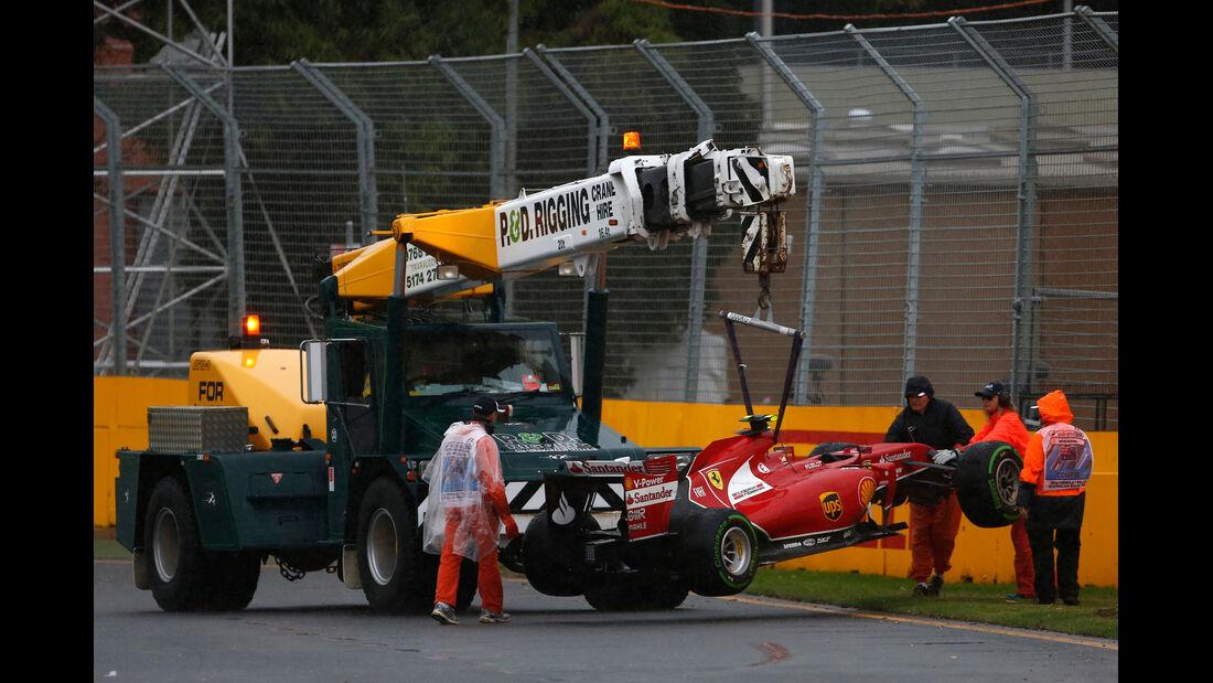 Kimi Räikkönen - GP Australien - Crashs 2014