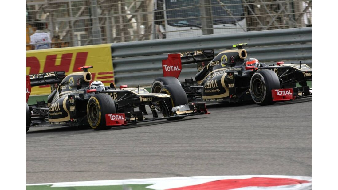 Kimi Räikkönen - Romain Grosjean  - Formel 1 - GP Bahrain - 22. April 2012