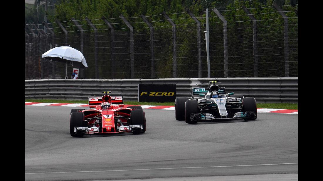 Kimi Räikkönen vs. Valtteri Bottas - Formel 1 - GP Malaysia - Sepang - 29. September 2017