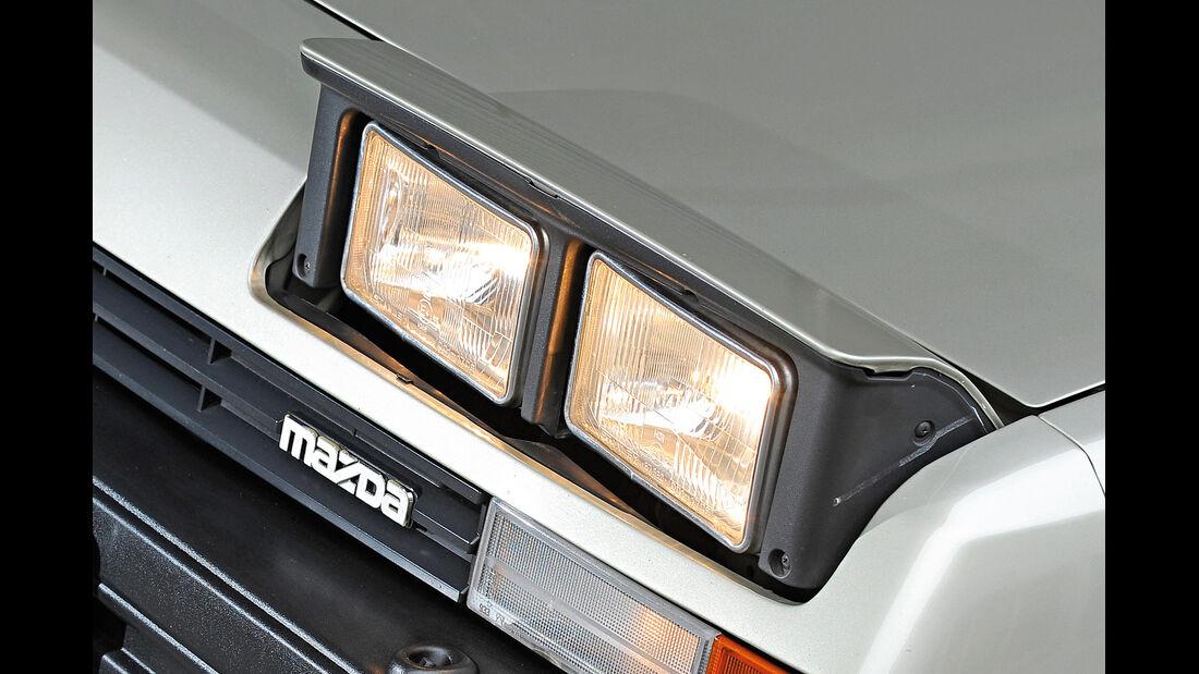 Klappscheinwerfer, Mazda 929