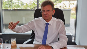 Klaus Froehlich, BMW, Interview, AMS 24/15