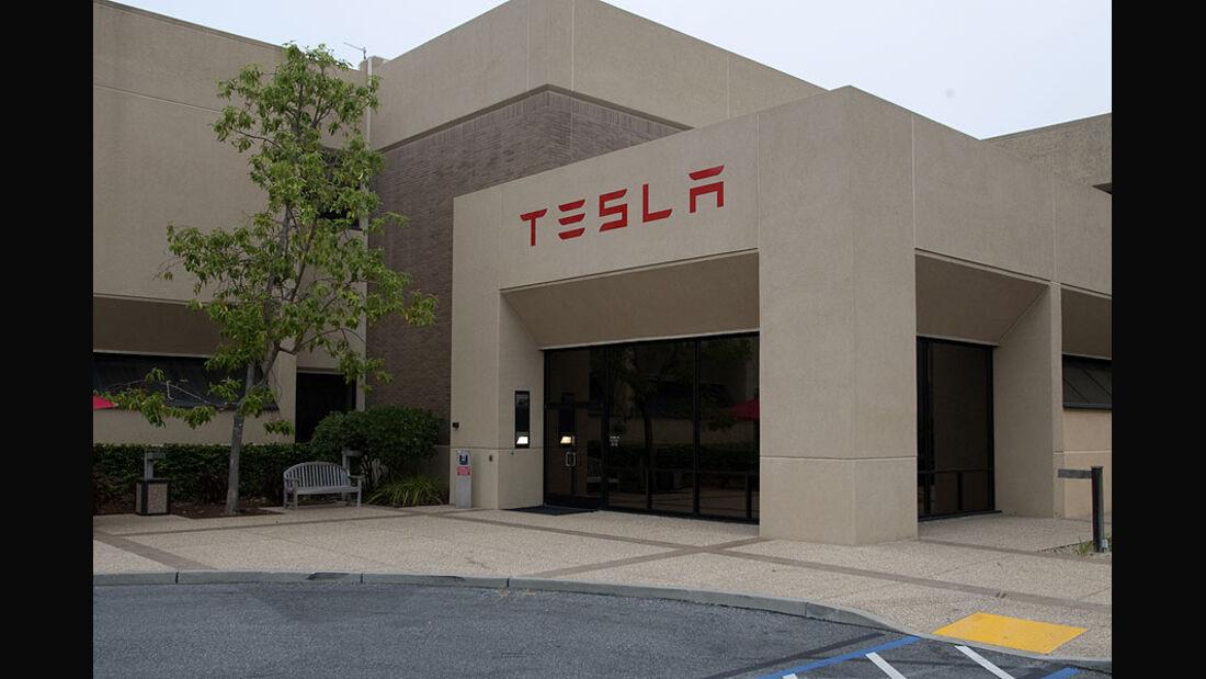 Kleinserien-Hersteller Tesla, Firmenzantrale