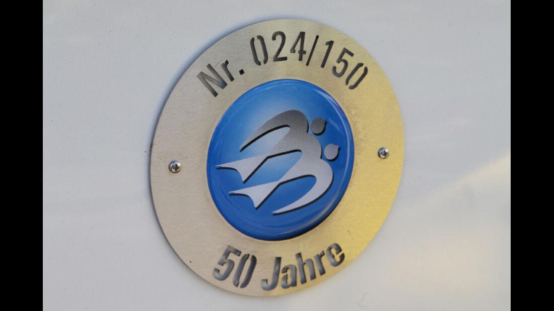 Knaus Schwalbennest, Plakette, Emblem