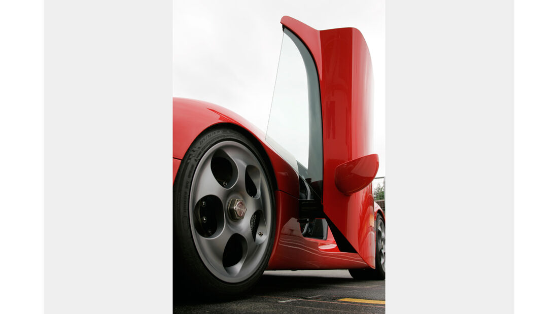 Koenigsegg CCR 04