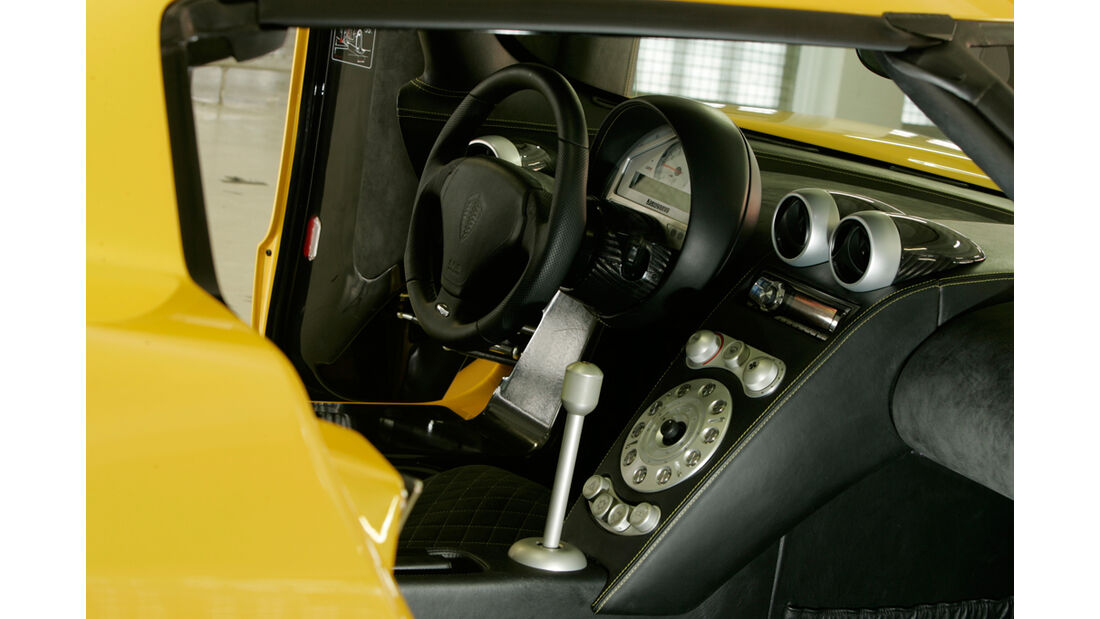 Koenigsegg CCR 09