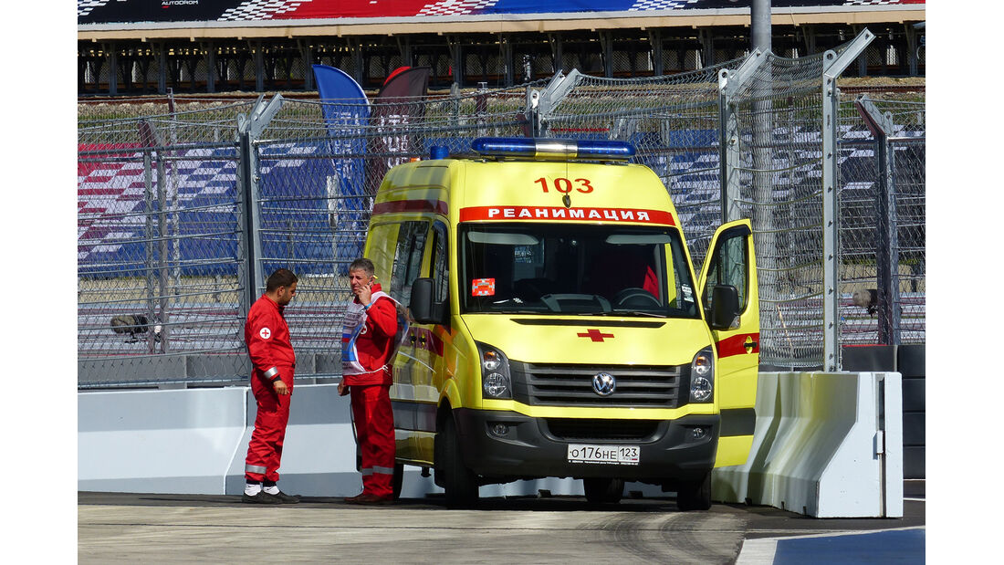 Krankenwagen - Formel 1 - GP Russland - 10. Oktober 2014